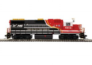 NS GP38-2 #5642 - DCC & SOUND