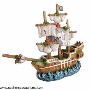 Shipwreck Decor Ornament S