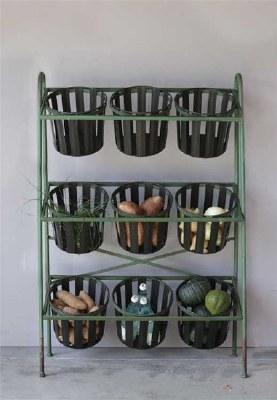 Metal Shelf with 9 Buckets