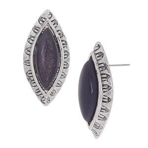 Black Shell Post Earrings 2