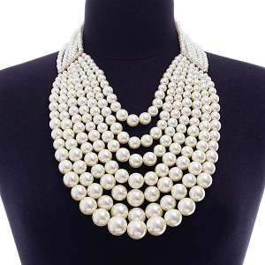 7 Strand Graduating Pearl Necklace Set Cream