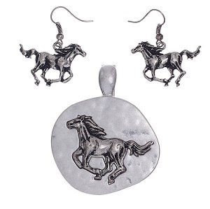 Horse Pendant Set Silver