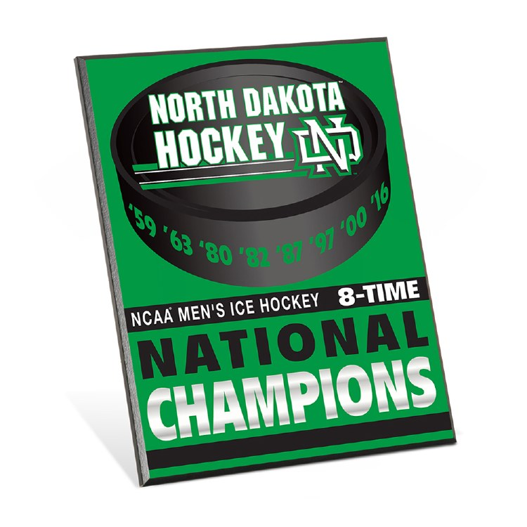 UNIVERSITY OF NORTH DAKOTA 8 TIME NCAA CHAMPIONS EASEL SIGN