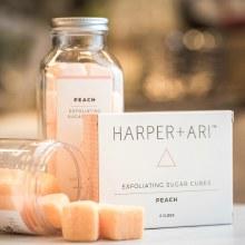Harper + Ari Exfoliating Sugar Cubes Peach