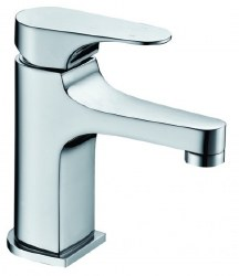 Single-lever Rounded Square Facuet in Polished Chrome