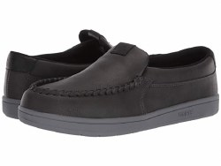 Osiris Embark Charcoal  Slip on Osiris sneakers to chill and keep you styling in comfort  08.0
