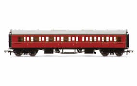 OO Scale BR Collett 'Bow-Ended' Corridor Composite LH W6138W Maroon Era 5 - R4766