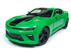 1:18 Scale 2017 Chevy Camaro SS, Green - AW244
