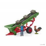 Hay Converyor With Farmer - 42377
