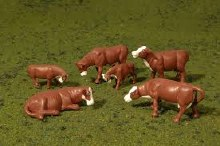 HO Gauge Cows, Brown & White - 33102