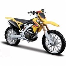 1:18 Scale Suzuki RM Z450 - 51048