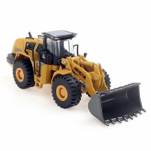 1:50 Scale Front Loader - HN1714