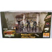 1:35 Scale WWII German Soldiers Wehrmacht Offensive Poland 1939 - EAS33601