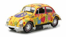 1:18 Scale 1967 Volkswagen Beetle Right Hand Drive Hippie Peace & Love - 13509