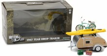 1:24 Scale 1947 Tear Drop Travel Trailer w/Roof Rack & Assessories - 18430-A