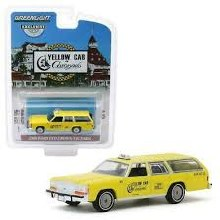 1:64 Scale 1988 Ford ltd Crown Victoria Wagon Yellow Cab - GL30122