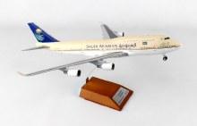 1:200 Scale Saudi Arabian B747-400 HZ-AIY - SVA404