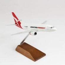 1:130 Scale Qantas Freight B737-300F - SKR1013