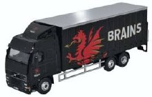 1:76 Scale Volvo FH Curtainside Lorry Brains - SP113