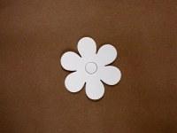 FLOWER SHAPE WHITE CARD 15PK