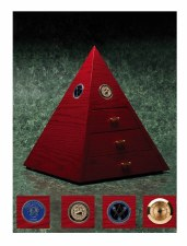 Hiram & Solomon 300 Anniversary Pyramid and 20 Cigars