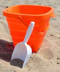Packable Pails Orange