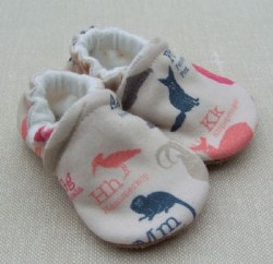 Slippers 0-3m Obscure Animals