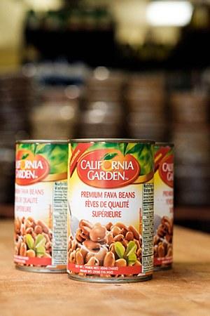 California Garden Plain Fava Beans 16oz
