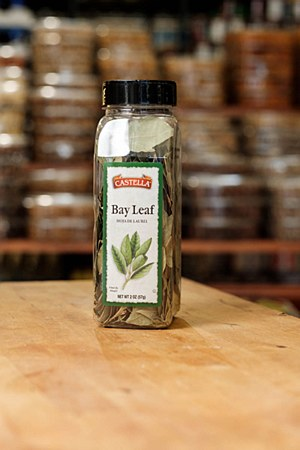 Castella Bay Leaves 2oz