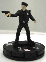 Heroclix Streets of Gotham 001 GCPD Officer