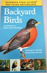 Peterson Field Guide to Backyard Birds