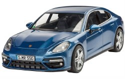 1/24 Porsche Panamera Turbo 4-Door Sports Car