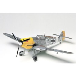 1/48 Messerschmitt BF109E Tropical Aircraft Model Kit