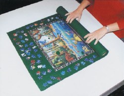 Small Jigsaw Puzzle Roll-Up