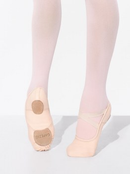 Capezio Hanami Stretch Canvas Wide 2037WLPK 3