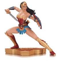 Wonder Woman Art of War StatueBy Garcia Lopez