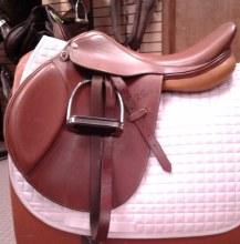 """Pessoa Hunt Saddle 17.5"""" Used"""