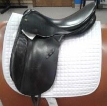 "CTD LeParcours Dressage Saddle 17.5"" Used"