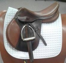 """Ovation H/J Saddle Used 17.5"""""""