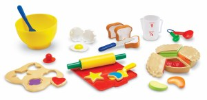 LR PRETEND & PLAY BAKERY SET