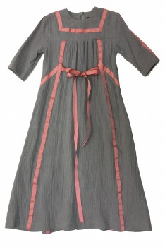 Robe W/ Ribbon Trim Grey/Pink