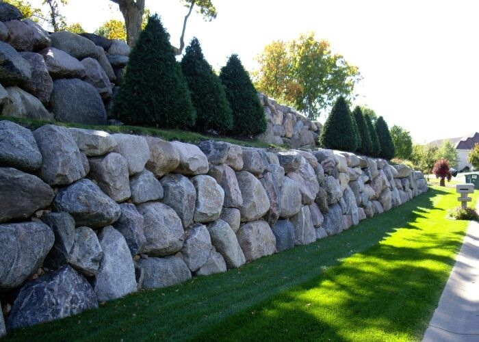 Retaining Walls out of Boulders