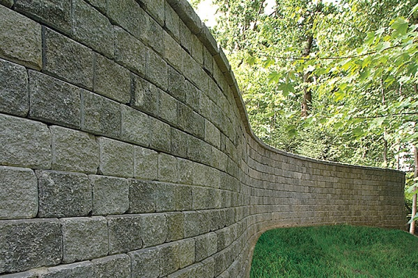 Ortana Retaining walls by Oaks