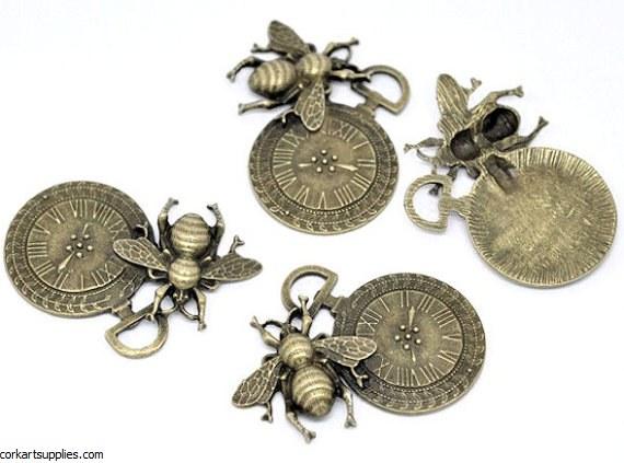 CAS Embellies Bee Clock 5pk