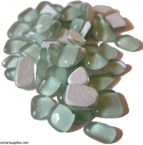 Mosaic Glass Droplet Light Green 140pk