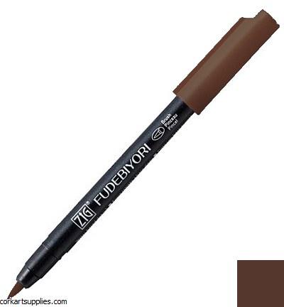 Kuretake Fudebiyori Brush Pen Brown 062