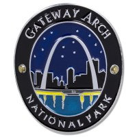 Traveler Series Gateway Arch Hiking Medallion