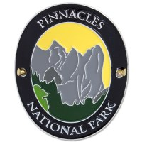 Traveler Series Pinnacles Hiking Medallion