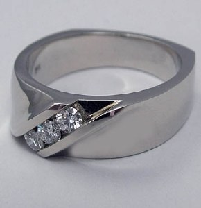 Diamond Ring .32cttw 3ea 18ktw