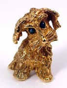 Dog pin 14kt yellow gold 2 sapphires